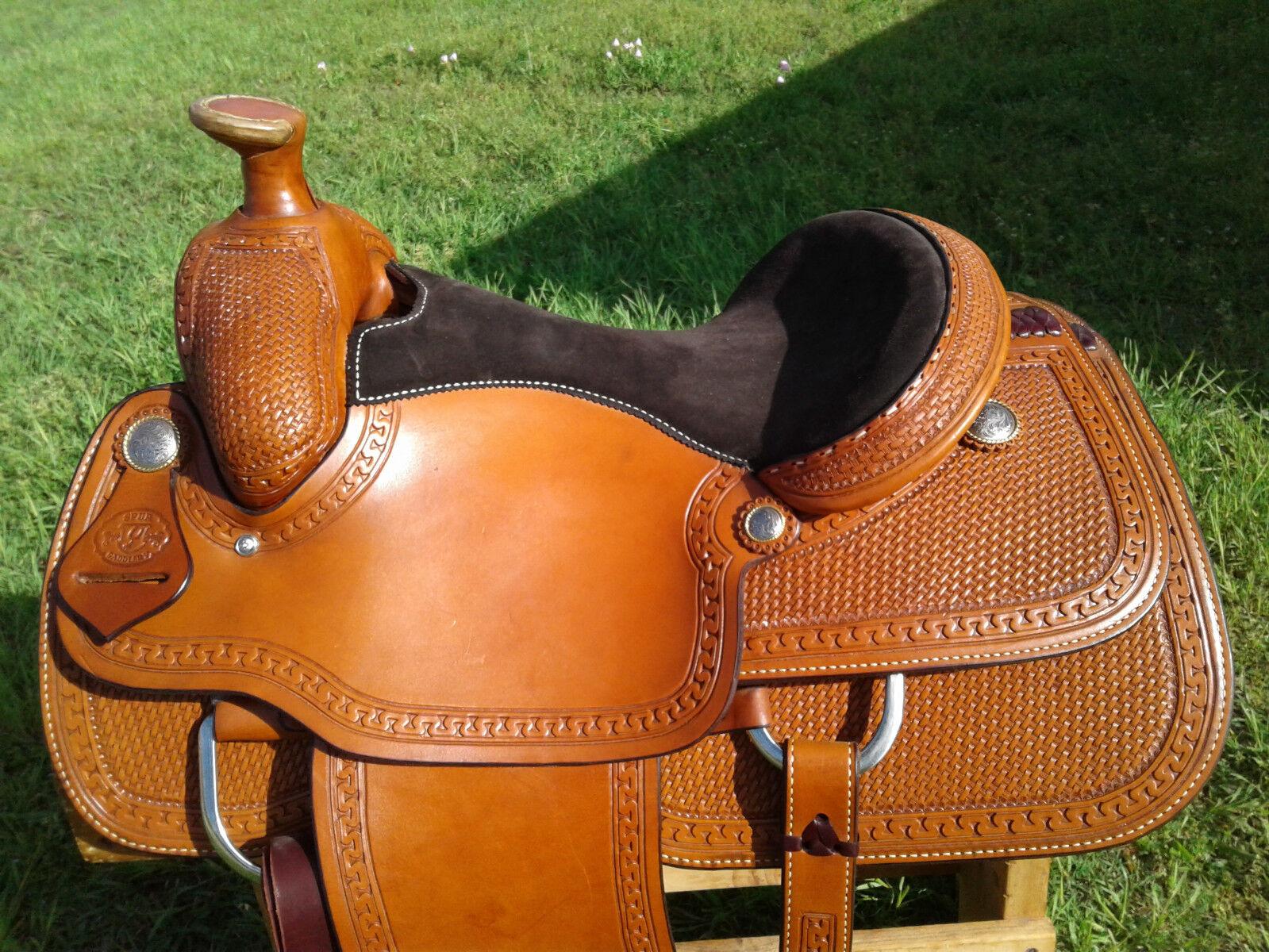15.5  Spur  Saddlery Roping Saddle - Made in Texas  beautiful