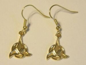 Star-Trek-Classic-TV-Series-Klingon-Trifoil-Logo-GOLD-FRENCH-WIRE-EARINGS