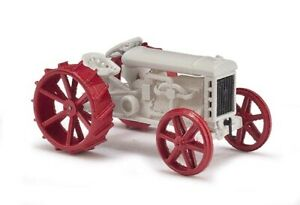 Busch-59915-Tractor-Fordson-Model-For-H0