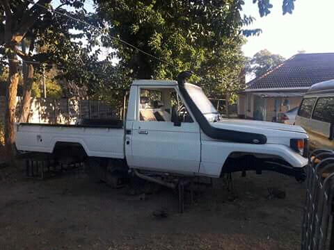 Landcruiser 75 series 4 5 EFI stripping for spares | Northgate | Gumtree  Classifieds South Africa | 260935394