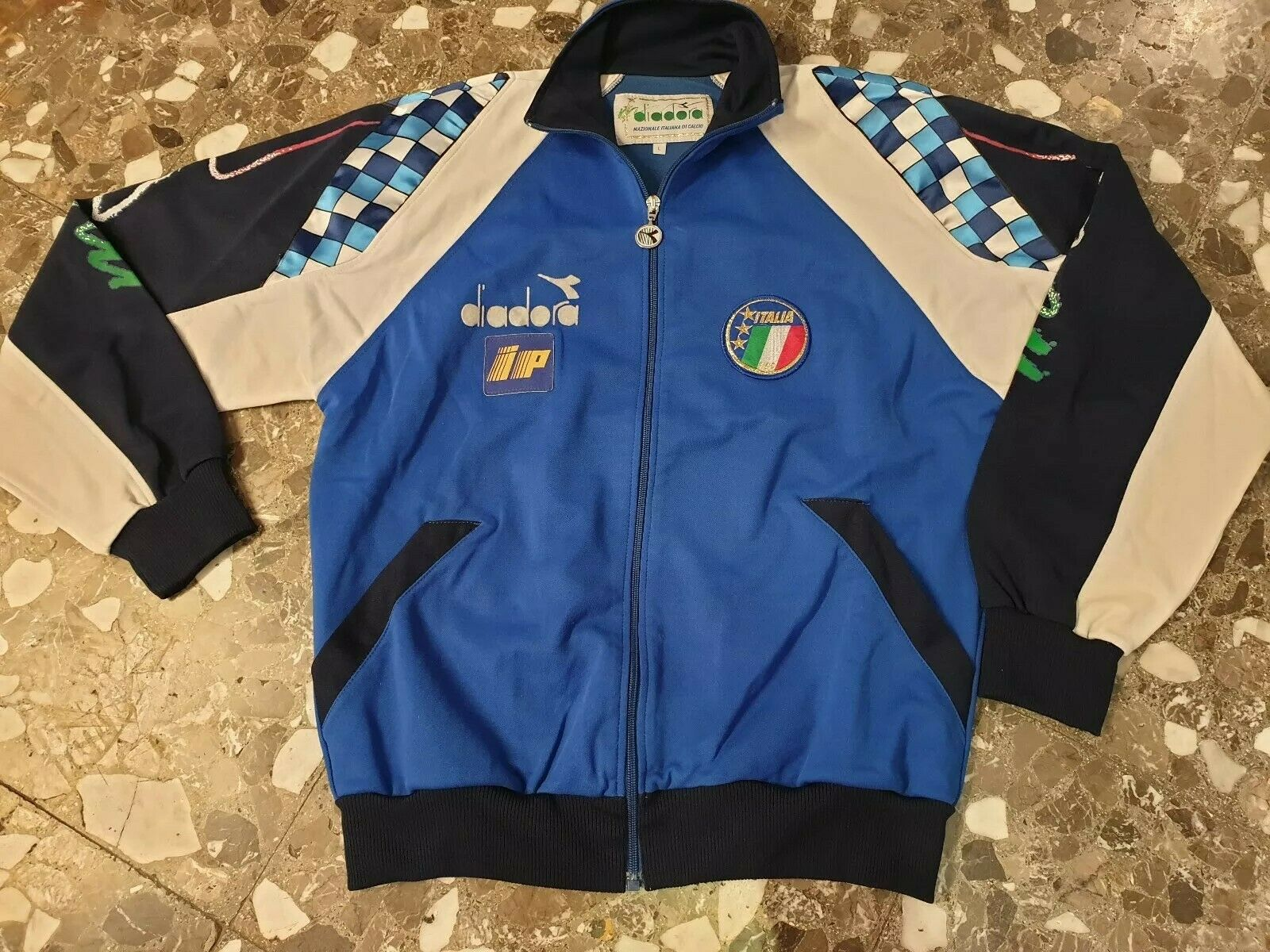 Vintage Diadora Italia 1990 Baggio track top