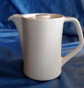 Vintage-Seltmann-Weiden-Bavaria-Pitcher-With-Lid-White-4-3-4-034-German-Pottery