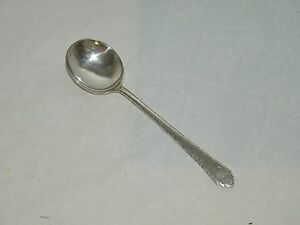 """William and Mary by Lunt Sterling Silver Bouillon Soup Spoon 5 3//8/"""""""