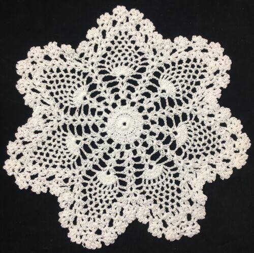 """pineapple 10"""" 25cm white crochet doilies lace doilie round 7pts vintage doilie"""
