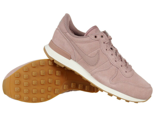 size 40 d9b00 75e48 Women s Nike Internationalist SE Shoes Pink Trainers Casual Leather Sneakers