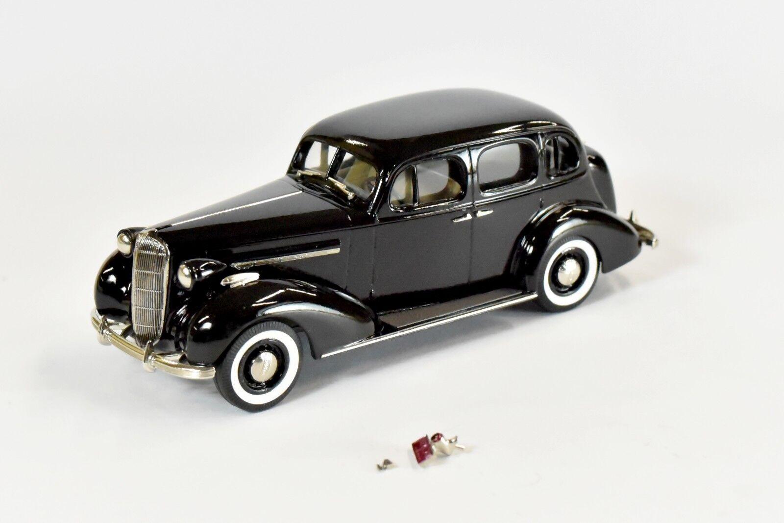 Brooklin Models 1936 Buick Special M-4 - BC013X