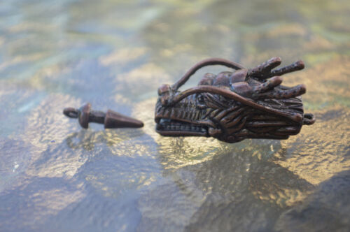 P01C Copper plated Dragon Head Pinch On and Off with Bar style clasp,