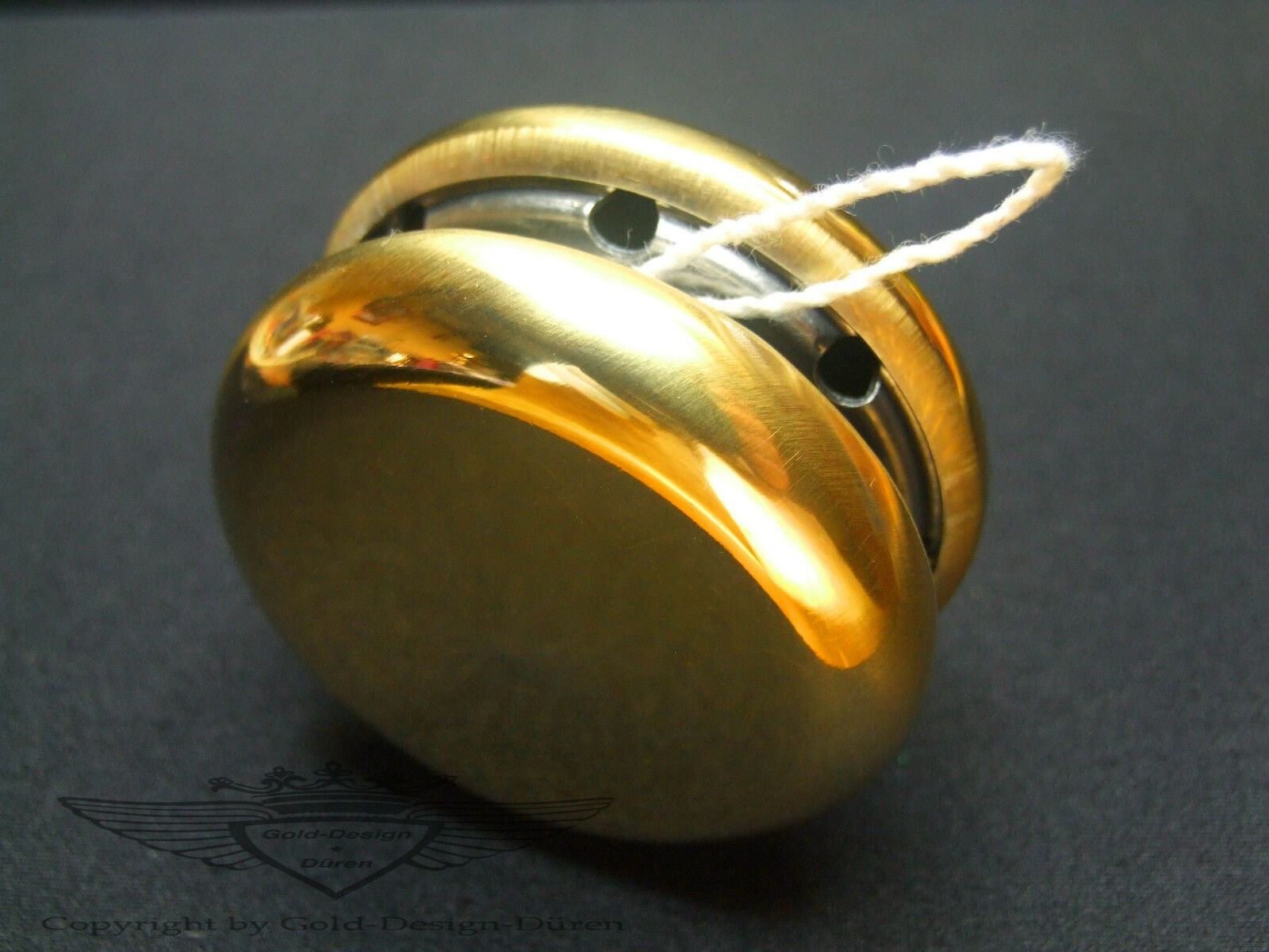 YoYo, Siegertrophäe, 24 24 24 Karat verGoldet, Pokal, Gold, Auszeichnung, Siegerehrung 1f3d8a