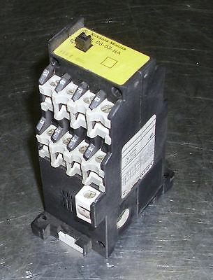 10 AMP Klockner Moeller Contactor DIL 08-31-G-NA Warranty 300 VAC Used