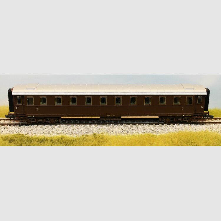 Carrozza passeggeri di 2a classe FS - Art. Roco 74383