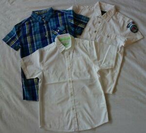 2 weiße Hemden, Gr. 152158, neuwertig
