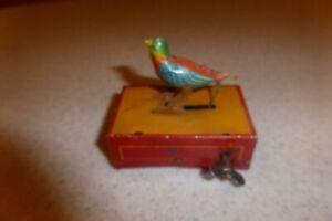 Antique-GERMAN-TIN-WIND-UP-BIRDCAGE-JAJ-GERMANY-BIRD-Toy-Litho