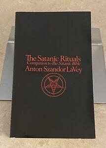 Por Anton Szandor LaVey rituales satánico (1976, libro en rústica comercio)