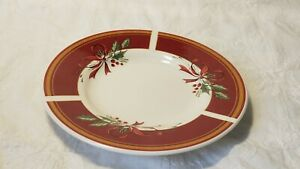 Everyday-Gibson-Holiday-Holly-Berry-red-ribbon-saucer-dessert-plate-6-3-8-034