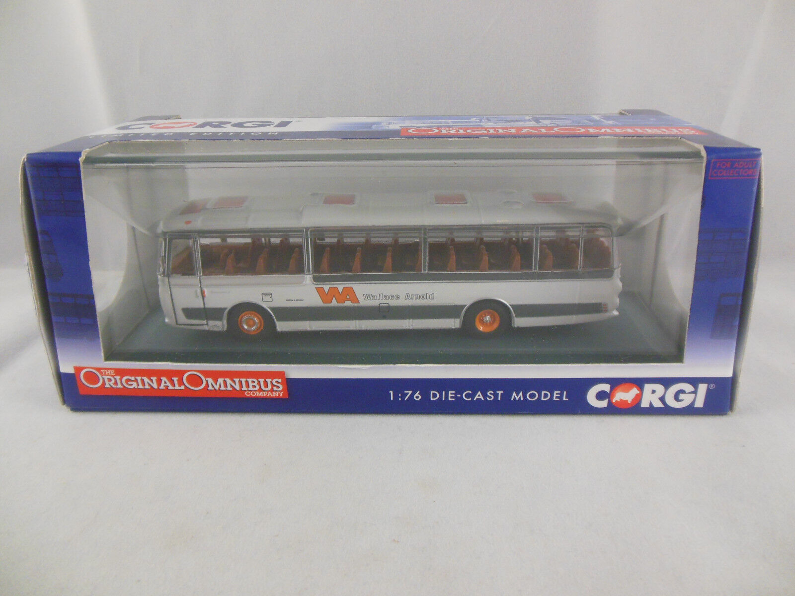 Corgi OOC OM42415A Plaxton Panorama Wallace Arnold Dales Scale 1 76