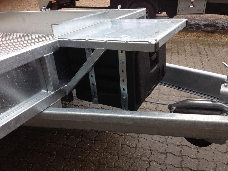 Super SAGA / Nugent 3- akslet maskintrailer