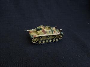Sturmhaubitze-Stuh-42-105mm-gun-Diecast-Amercom-1-72-German-SPG-1945