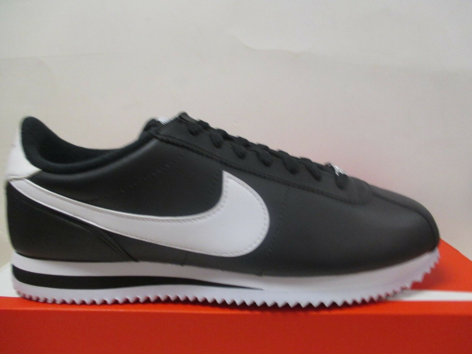 NIKE CORTEZ LEATHER (BLACK WHITE) MENS RUNNING