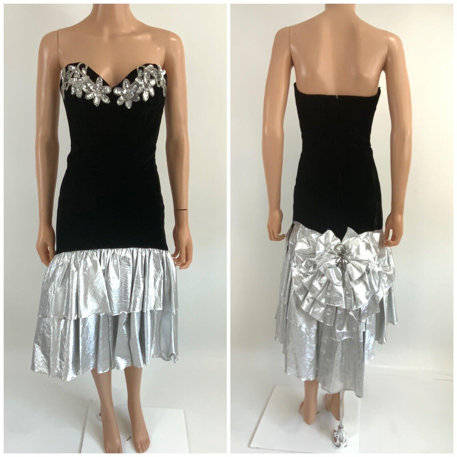 Fun 1980/'s Metallic Puff Ball Skirt in Silver and Black