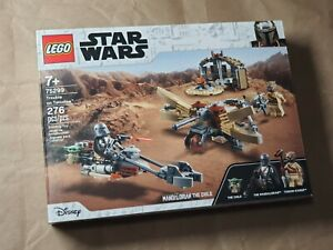 Lego Star Wars Mandalorian Trouble on Tatooine 75299