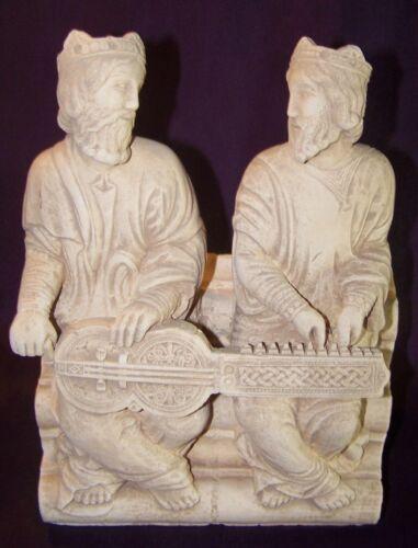 Statuette médiévale Pierre - Organistrum St Jacques de Compostelle