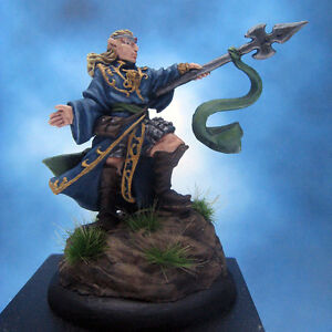 Painted-Chainmail-Miniature-Grey-Elf-Wizard