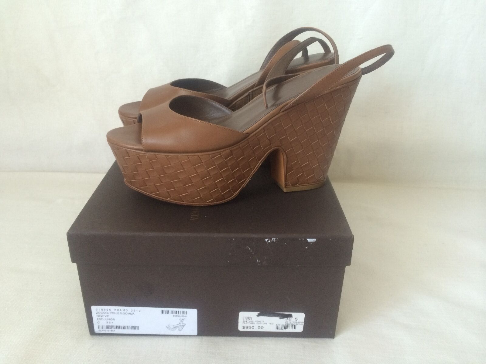 Bottega Veneta Zoccol Pelle  VIP Edoardo Junior Tan Sandals Size 38.5