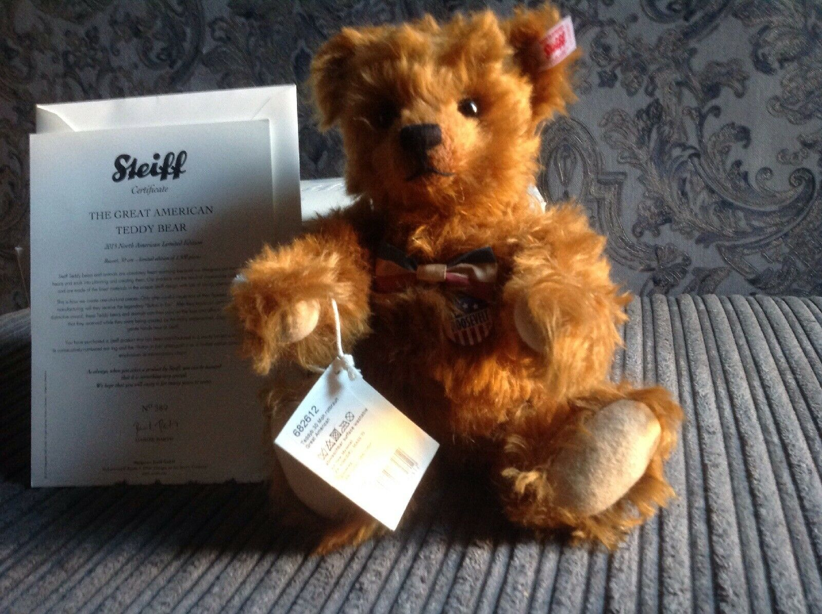 The Great American Teddy Bear By Steiff Musical Bear.