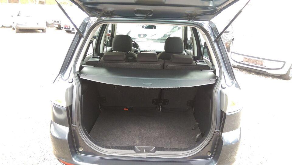 Mazda 2 1,4 Touring Benzin modelår 2006 km 173000 Gråmetal