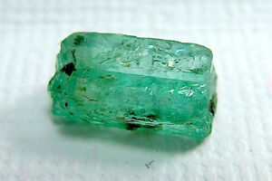 Beautiful-Green-Emerald-Crystal-From-Shakiso-Ethiopia-2-65-Cts