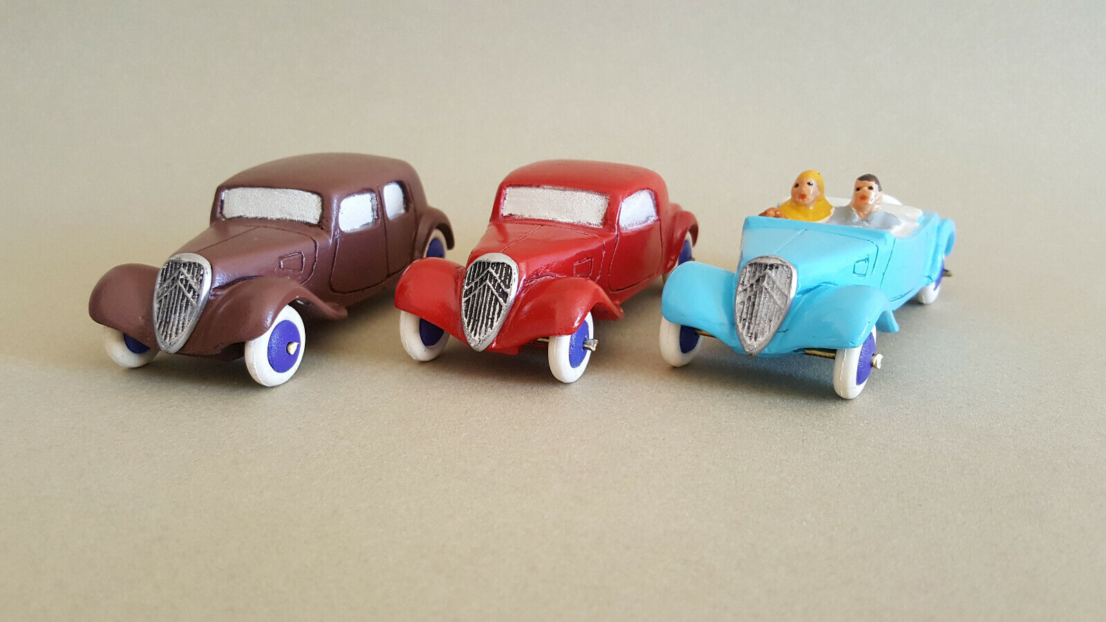 Toys citroen traction plaster cast and flour by pfp