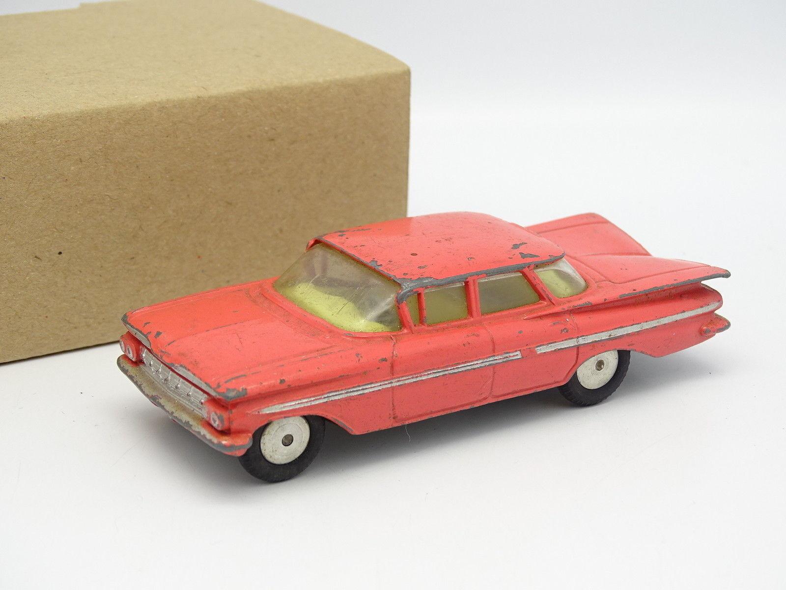 Corgi Toys 1 43 - Chevrolet Impala Rose