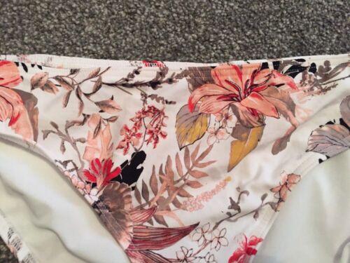 NUOVO con Etichetta M/&S Hipster Floreale Bikini Bottom Mix Bianco Taglia 10 valore di £ 14 GRATIS P/&P