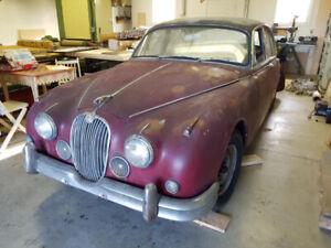 1961 Jaguar Mk 2, Estate sale update, Barn find from Florida,