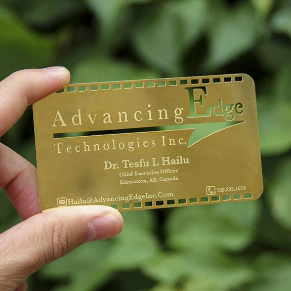 Custom 100pcs Gold Silver Metal Business VIP Nameplate Dogtag Name card