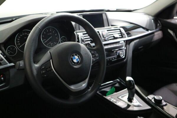 BMW 320i 2,0 Touring aut. - billede 3