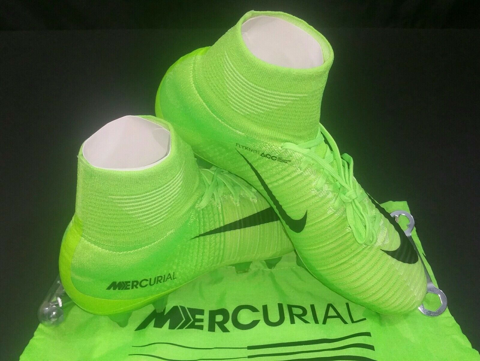 Nike Mercurial Superfly V DF SG-PRO, Electric Green Black, Size 8.5
