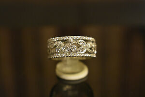 Neil-Lane-Engraved-1ct-Diamond-Pave-8mm-Wide-Gold-Wedding-Anniversary-Band-Ring