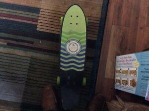 KRYPTONIC WHEELS Kryptonics Skateboards Since 1965 Longboard Cruiser Factory Complete Skateboard Black Green 35.125 x 9.125