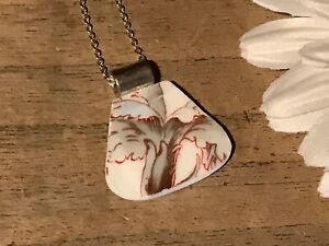 Recycled-Broken-Porcelain-Jewelry-Blue-Floral-Pendant