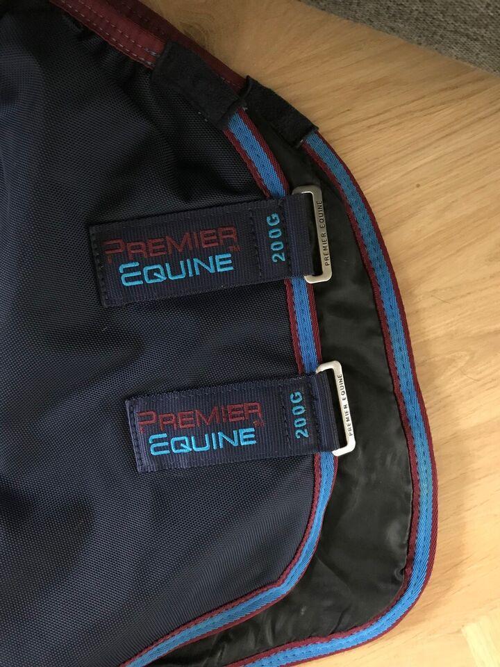 Dækken, Premier Equine dækken