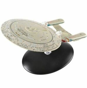 Eaglemoss-Star-Trek-001-U-S-S-Enterprise-NCC-1701-D
