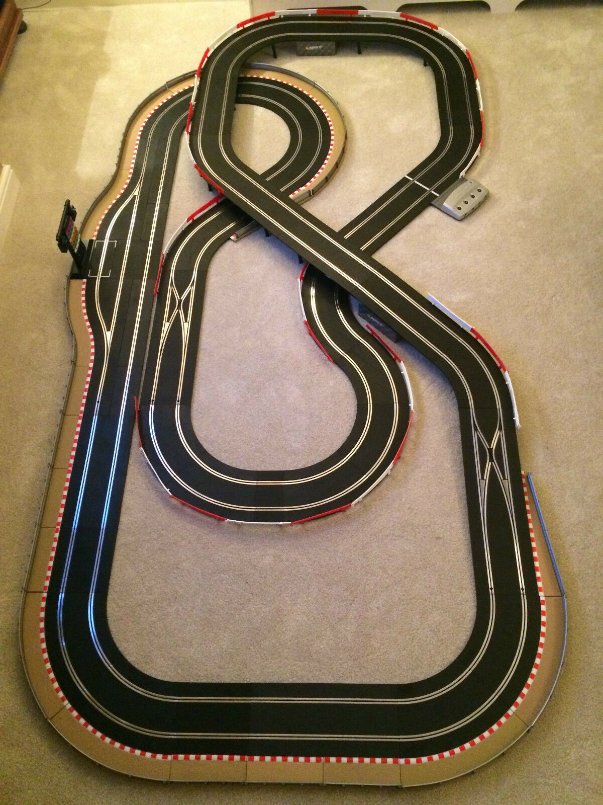 Scalextric Digital Large Layout with 2 Lane Changers   Pit Lane & Game & 4 Cars