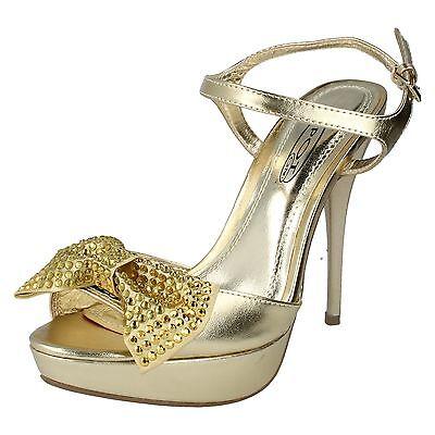 ** Venta ** Spot on F1973 Damas Dorado Zapatos Taco Aguja Peeptoe Zapatos. con Diamante Arco.