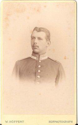 Cdv Foto Soldat Mit Widmung - Berlin / Halle 1893 Klar Und Unverwechselbar