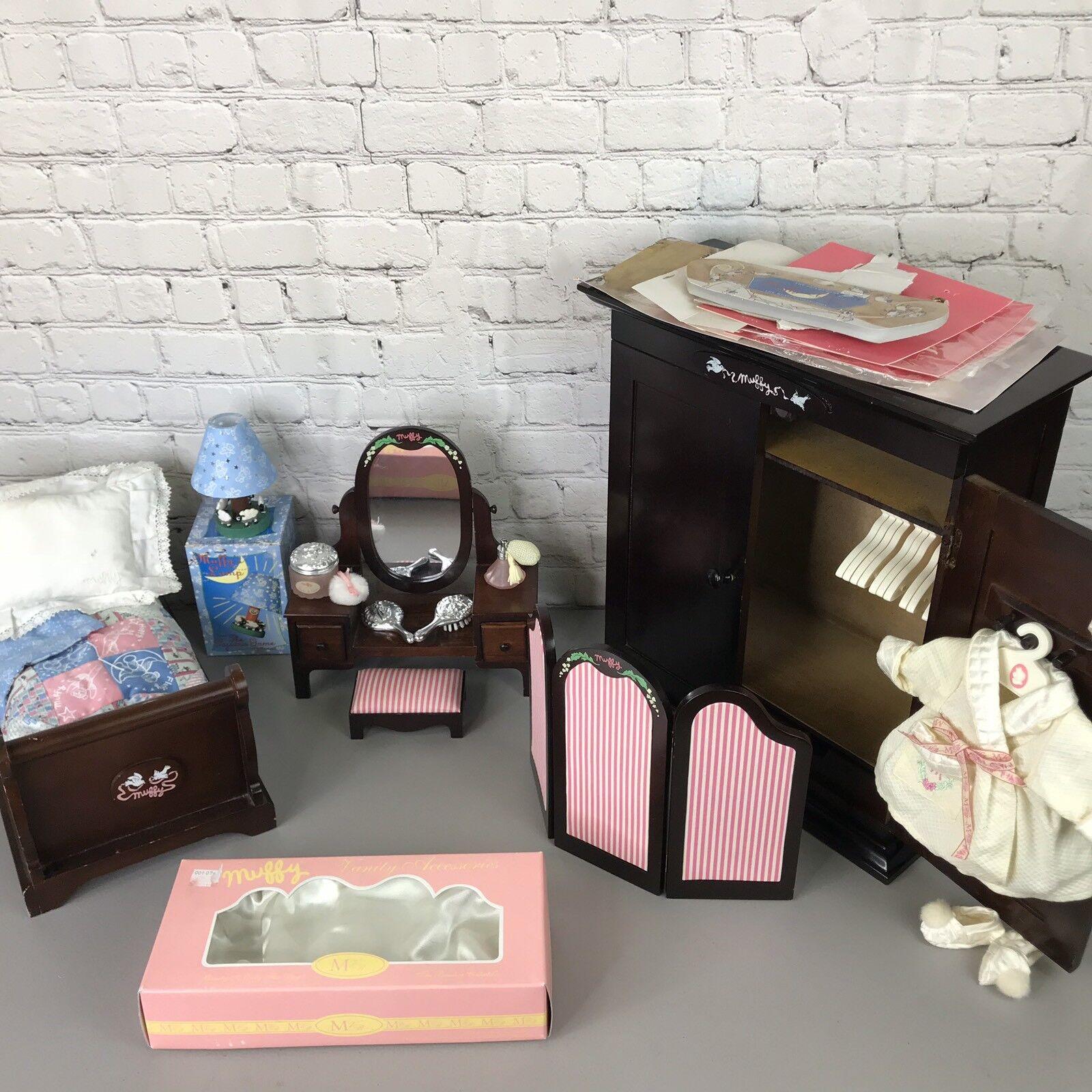 Muffy Vanderbear Large Bedroom Lot ~ Armoire Bed Vanity Screen Accs. Lamp Robe