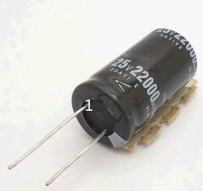 50 x 10uF 25V Radial Electrolytic Capacitor 4 x 7mm M1