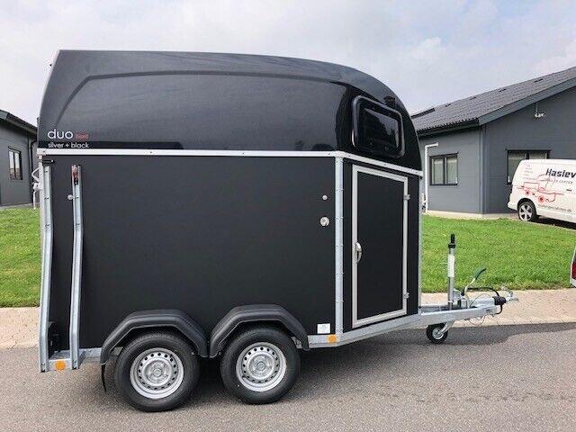 Hestetrailer, Böckmann Duo Esprit S/B 2019, lastevne