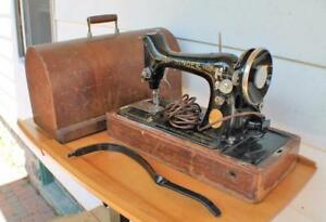 1931-Singer-Portable-Electric-Sewing-Machine-w-Bent-Wood-Case-w-knee-lever-work