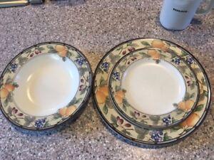 Image is loading Mikasa-Garden-Harvest-dinner-plate-salad-plate-rimmed- & Mikasa Garden Harvest: dinner plate-- salad plate--- rimmed soup ...